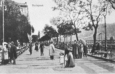 Promenade in Budapest