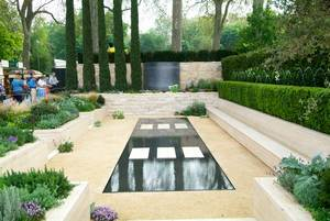 Italian Garden Design many materials can be used to divide the soil of the vegetable border from falling onto the pathways and highlight any formality in the design Water Features In Garden Design From Chelsea Flower Show Photo Todd Haiman Landscape Design 2014