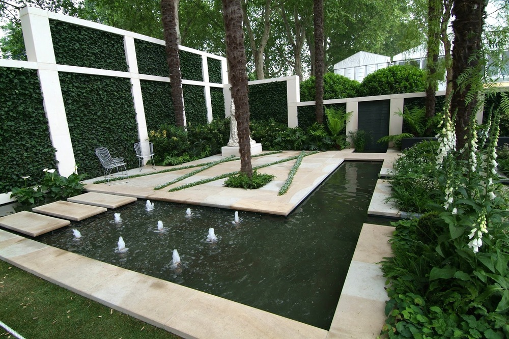 A Garden Design At The Chelsea Garden Show Envisions A Courtyard Garden Set  Fifty Years In