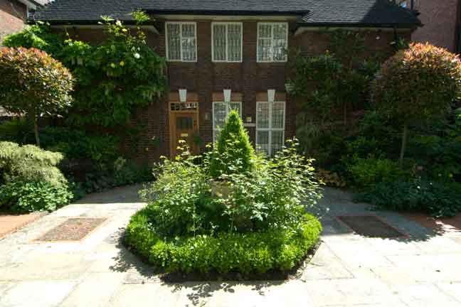 ... Studies And Peers, Here Are Five Key Ideas For Creating A Well Designed  Garden Design Space Whether Large Or Small, In New York City, The  Cotswolds, ...