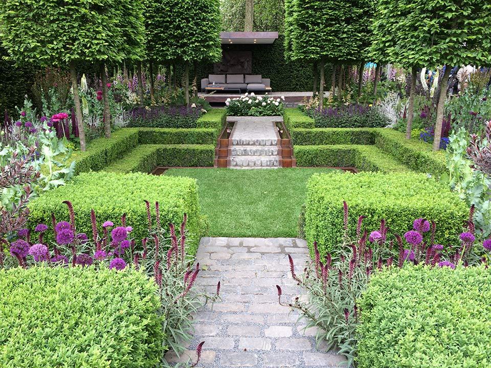Chelsea small garden