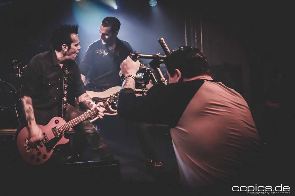 Dirk Behlau filming a live video for swedish punkrockers Psychopunch. Photo by ccpics.de