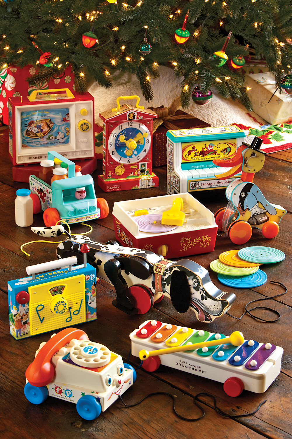 Xmas10_Fisher_Price_largeGroup_setting_vert.jpg
