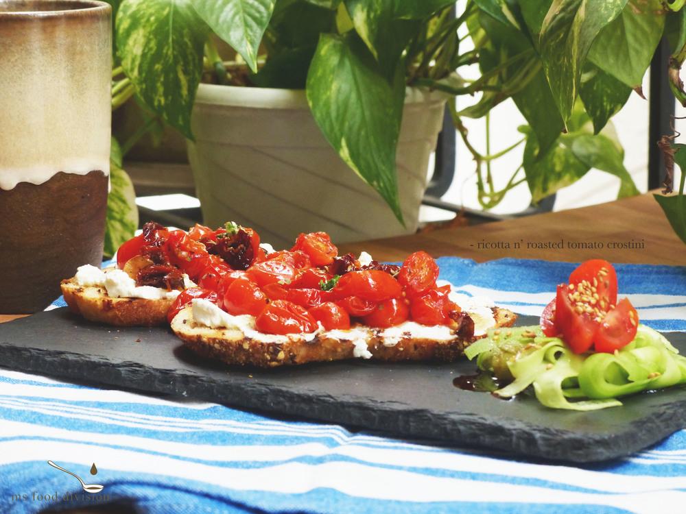 ricotta-tomato-crostini2.jpg