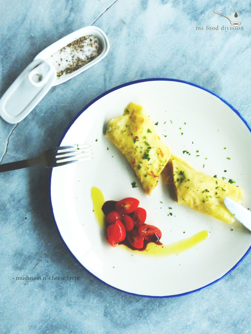this savory crepe is a perfect alternative to bread in my house :)