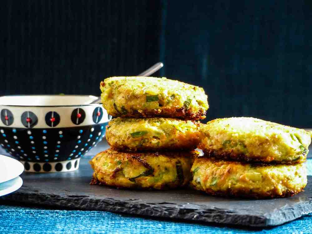 cheesy chinese zucchini and carrot patties with sweet and spicy sauce