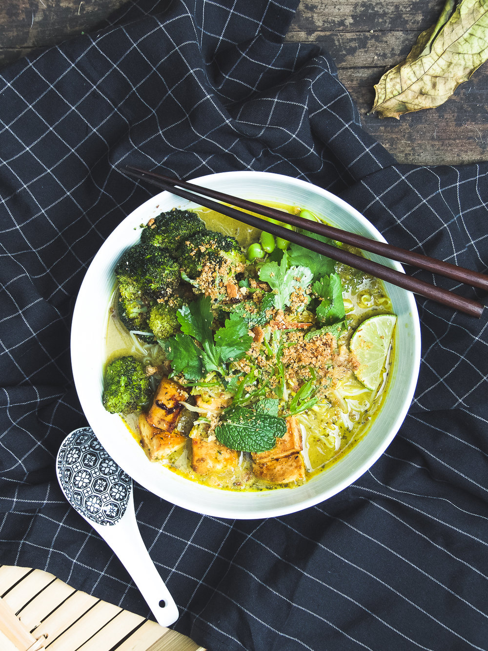 Vegan Laksa - this bowl of laksa will keep you warm this winter.