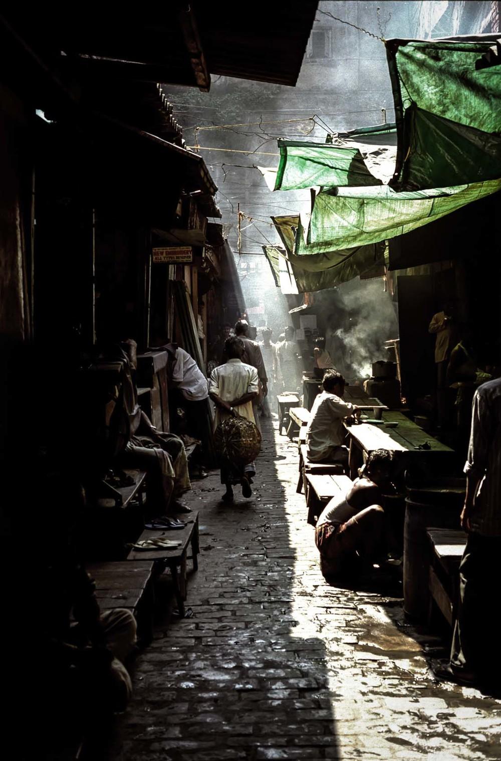 Backstreet market, Calcutta