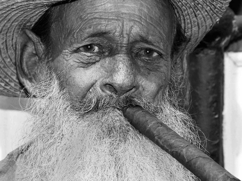Taste the cigar, Cuba