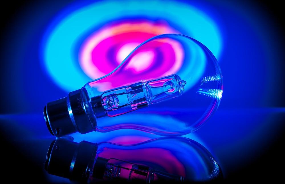Light bulb 1a.jpg