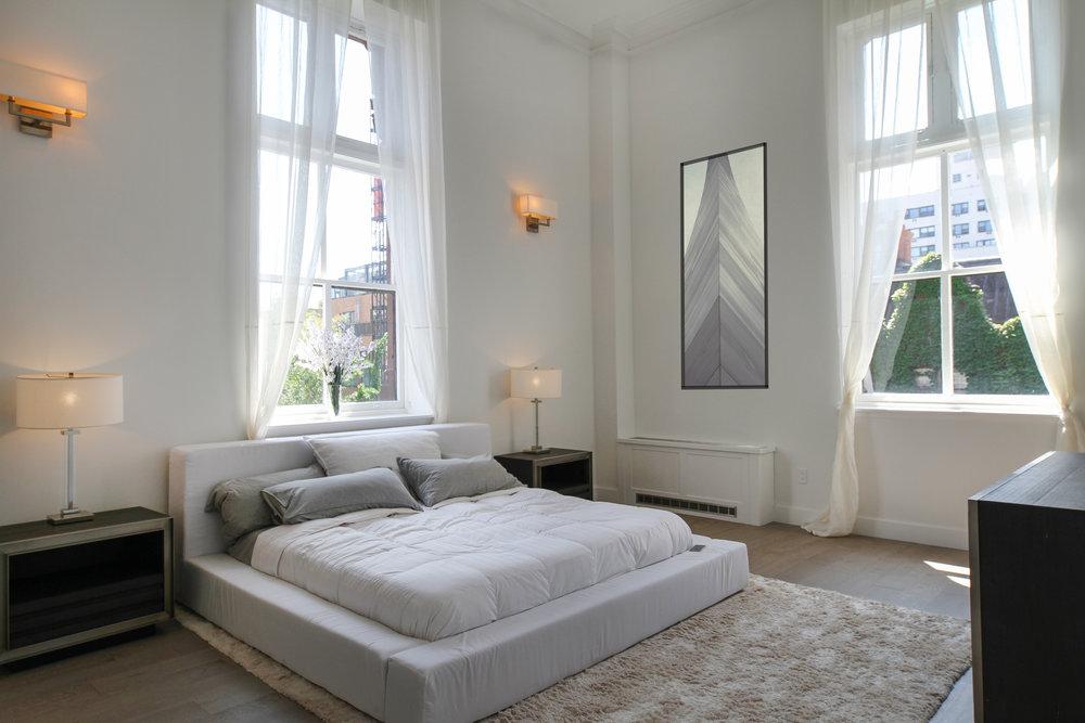 bedroom wide.jpg