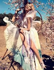via fashiongonerogue.com