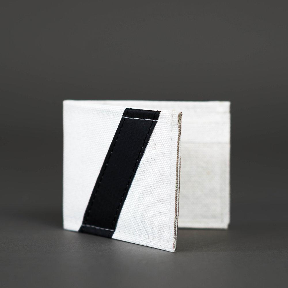 CHIEF - Bi-Fold Wallet Variants - Black/Red/Green/Blue/Orange