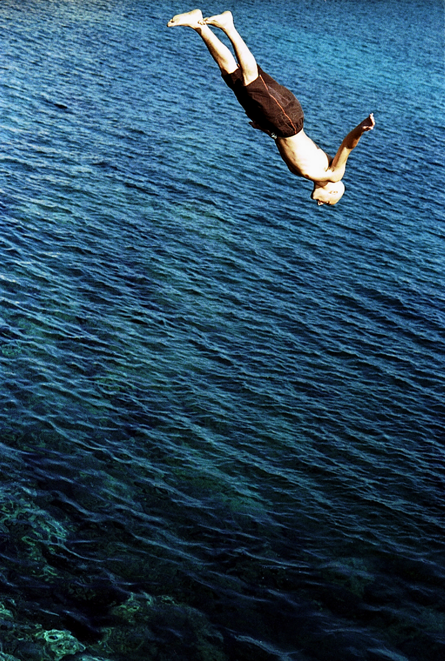 Danny Cliff jumping in Sicily, 2004