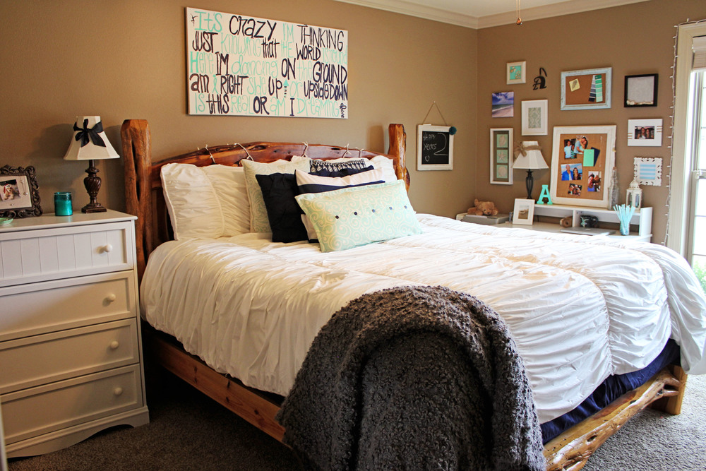 Super Beachy Bedroom Decor Navy Mint More Precious Than Pearls Largest Home Design Picture Inspirations Pitcheantrous