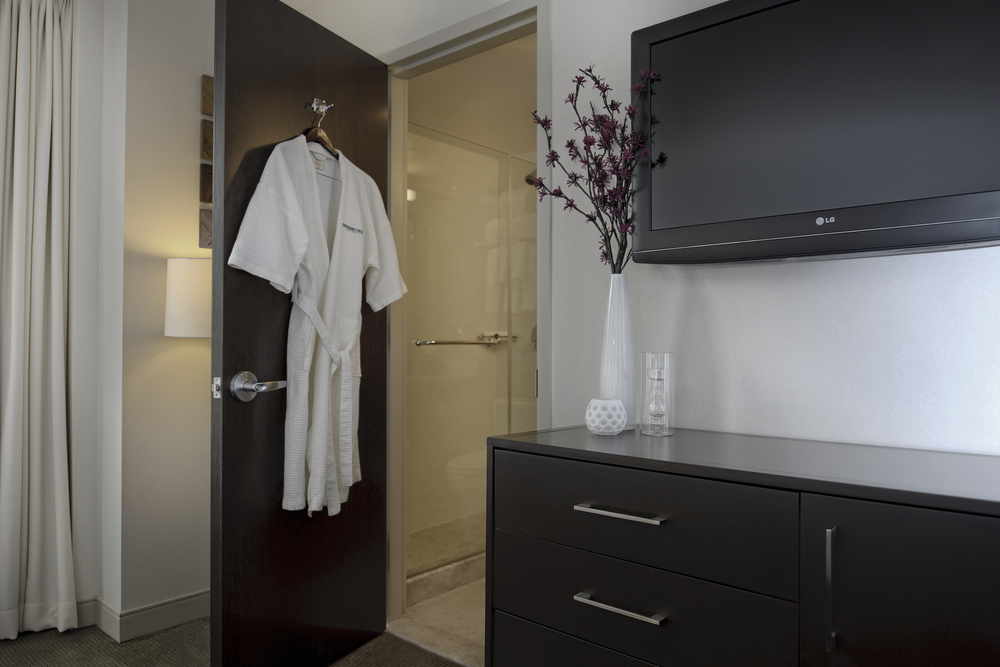 17_Guest Room.jpg