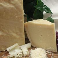 Parmigiano Reggiano  Raw Cow, 22 Mts. Italy (DOC)