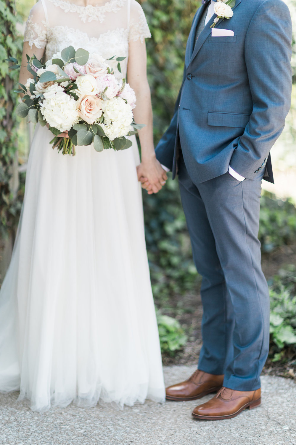 Photo:  Cory & Jackie  Flowers:  Stellaluna Events