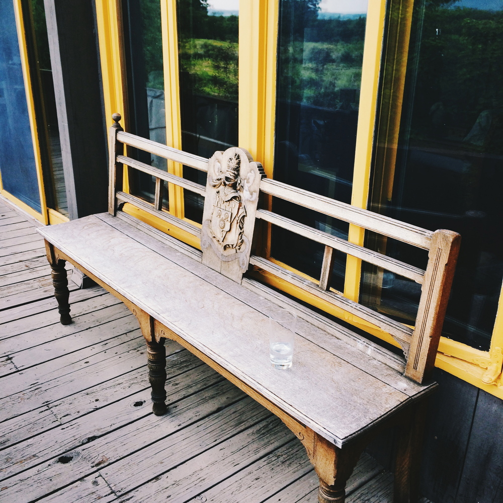 copake-house-bench