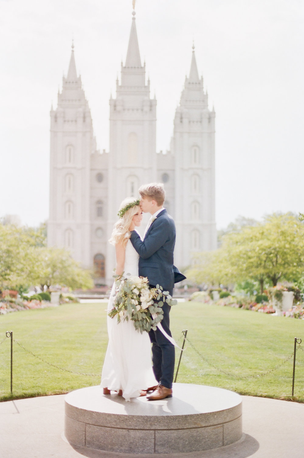 Wynona Benson Photography - Jaleisa & Logan Romantic Elegant Utah Wedding00056.jpg