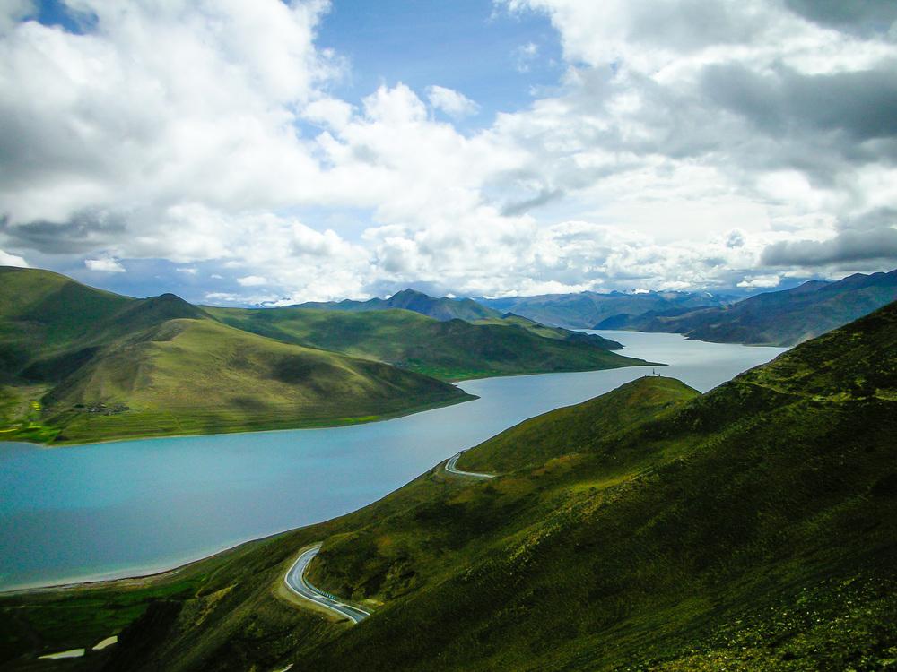 Yamdrok Lake, Tibet 2007