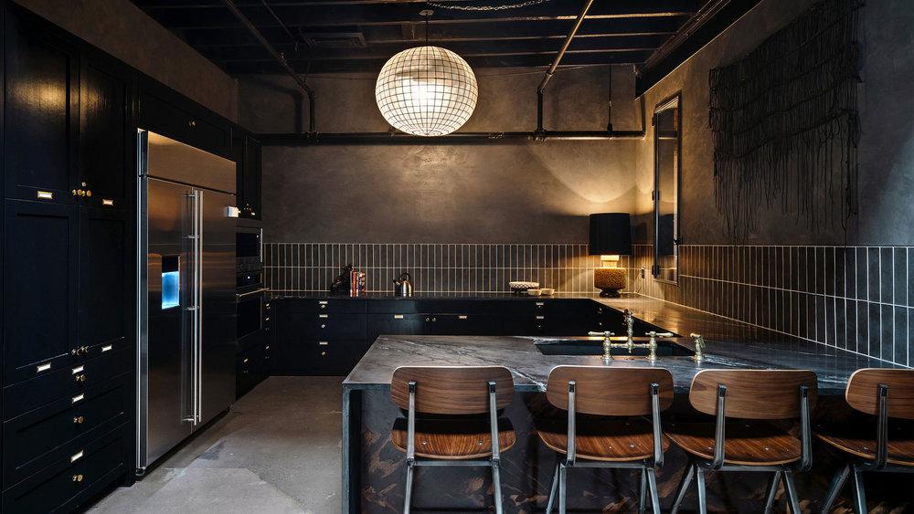 native hostel and bar & kitchen 11