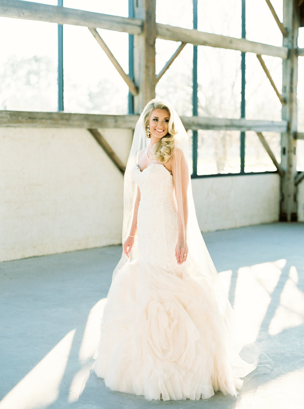 Brooke Bridals at Chandelier Grove by Britt Latz Photography