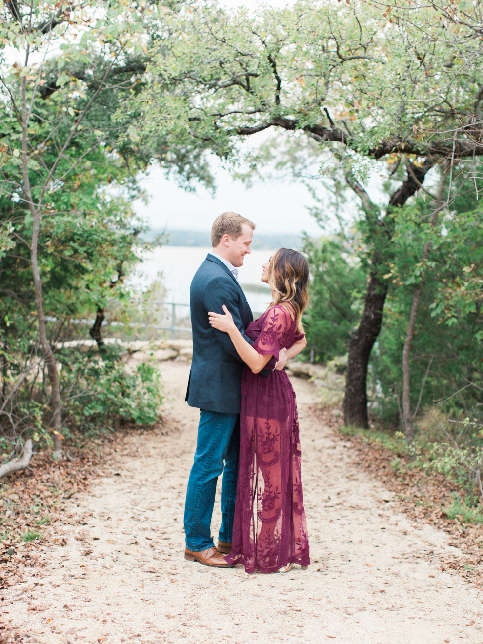 Fort Worth Lakeside Engagement_BrittLatzPhotography-2.jpg