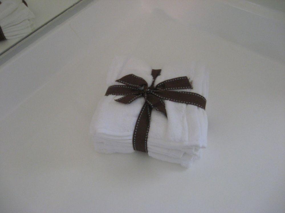Towels Bathroom.jpg