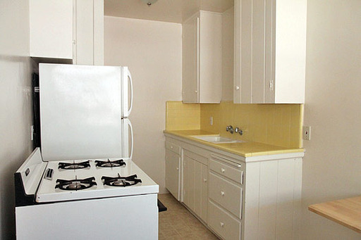 Del Valle - Kitchen 2.jpg