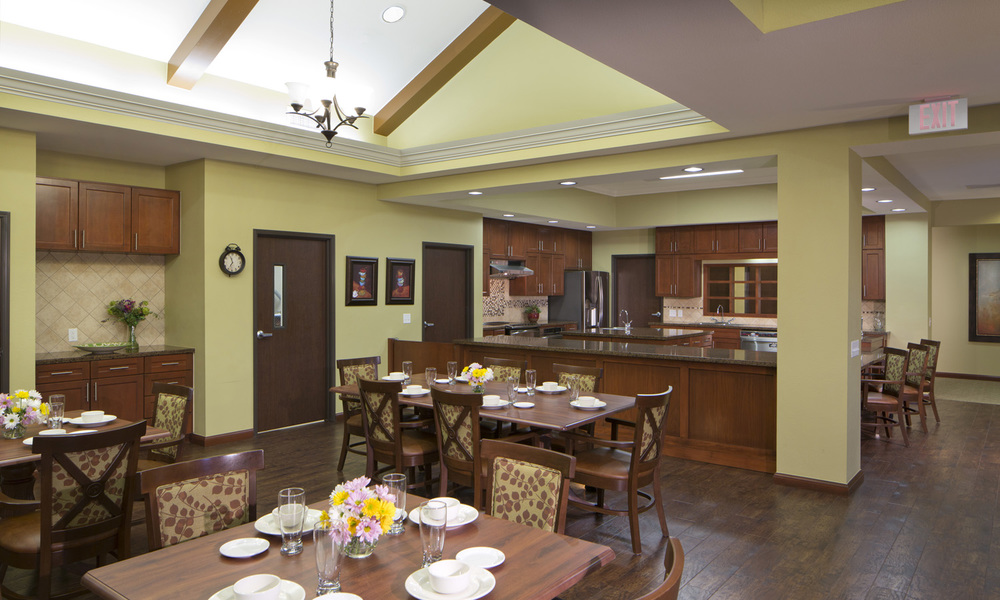 Pi Architects CVC Grether Angleton MyHouse dining.jpg