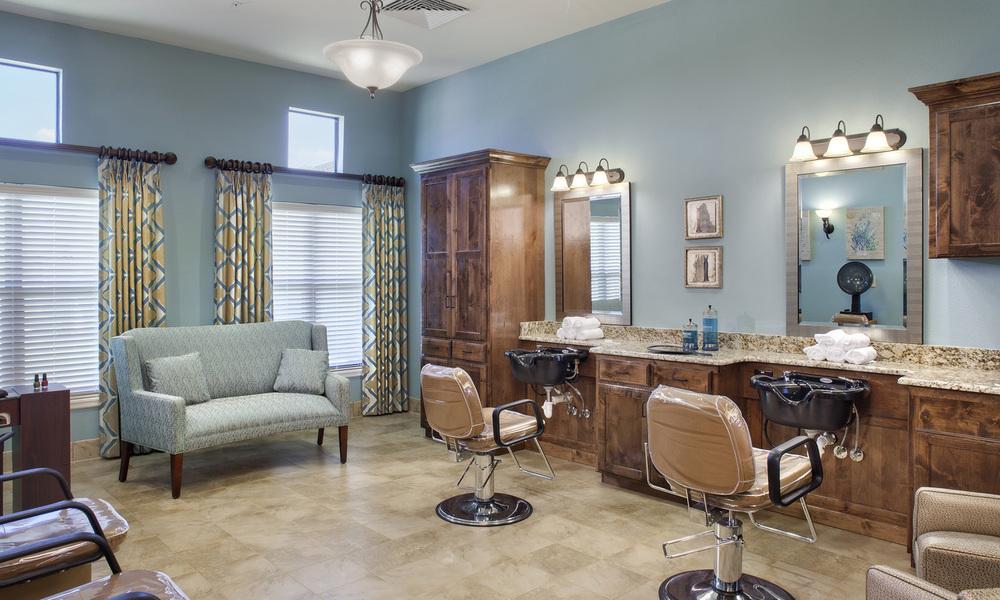 Silverado Beauty Salon