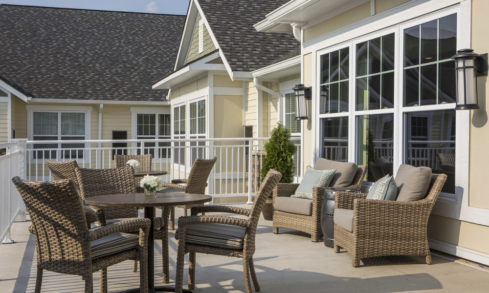 Stonecrest of Troy Outdoor Seating