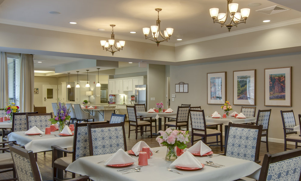 The Pointe at Lifespring Knoxville TN Assisted Living Dining