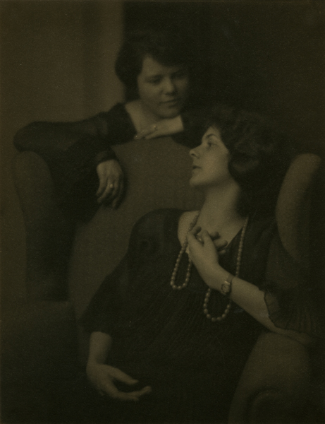 Jane Thomas Martin and Grace Thomas, 1924