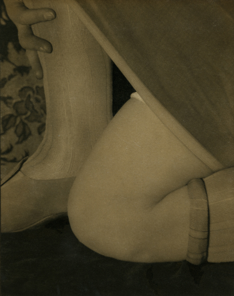 Design: Bee's Knees, I, 1926