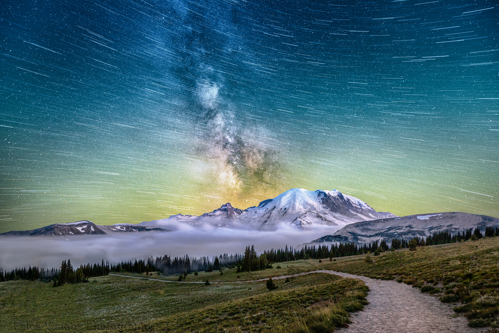 Star Way to Mount Rainier