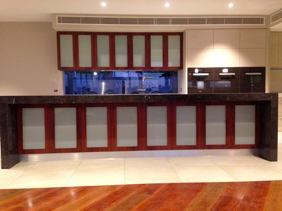 Dolphin Kitchen 5.jpg