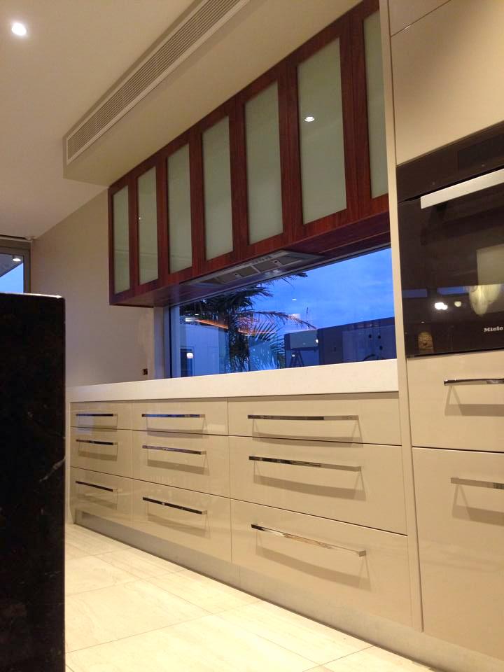 Dolphin Kitchen 1.jpg