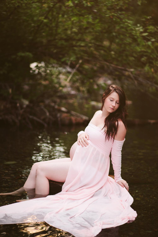 Abby Maternity-4.jpg