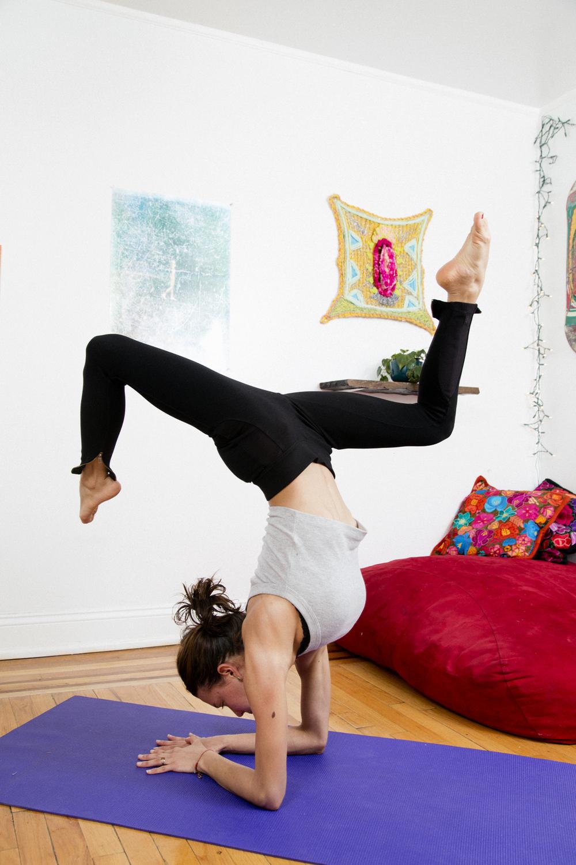 maria_jota_yoga_pose.jpg