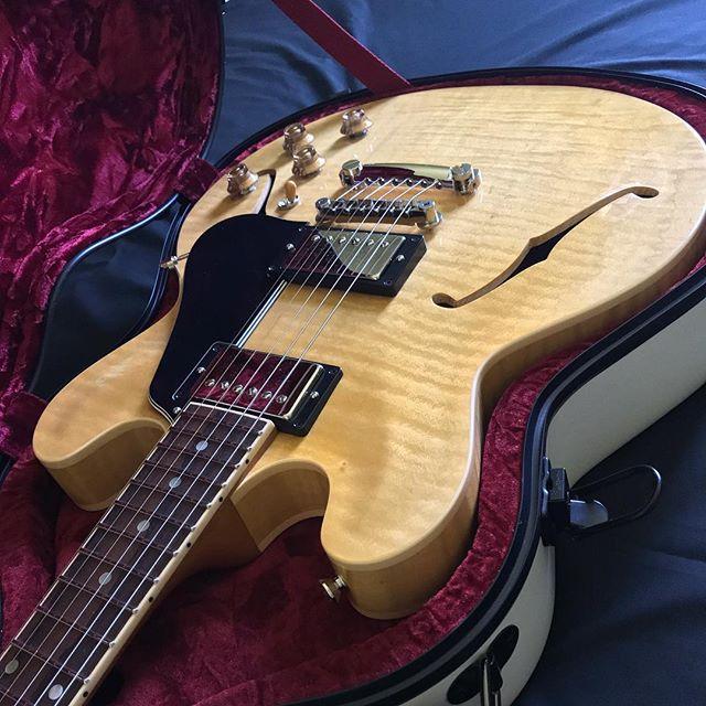 Have a spectacular #WednESday! .  Pandora available on our website.... . . #briggsguitars #pandora #customguitars #boutiqueguitars #luthier #guitar #handmade #masterpiece #tonemonster #guitarsofinstagram #guitarporn #geartalk #knowyourtone #gearybusey #bespoke #es335 #es330 #wednESday #guitarselectric