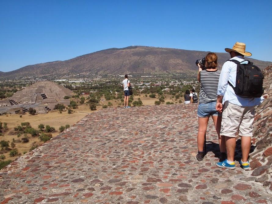 Luisa Mirabilio - Teotihuacan Pyramids, Mexico 2014