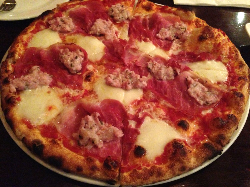 Carnavoro Pizza