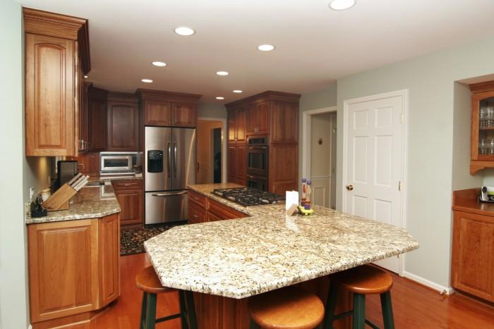 kitchen1012.jpg