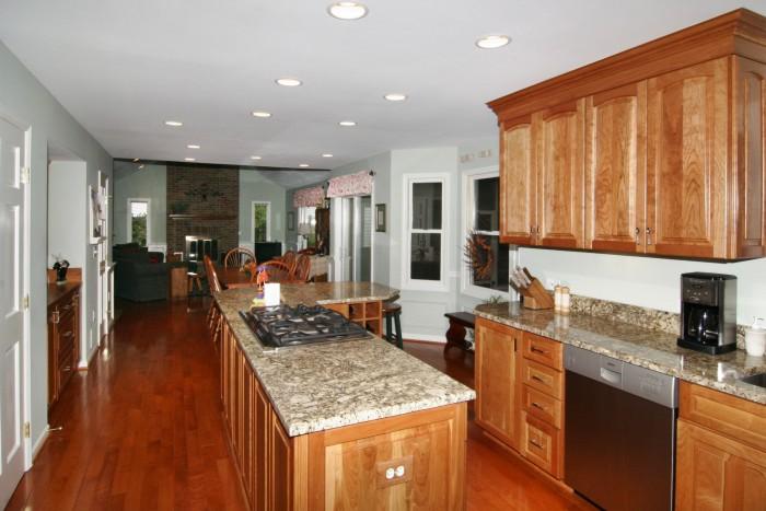 kitchen1013.jpg