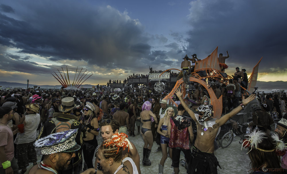 Burning Man 2016_5135-1.jpg
