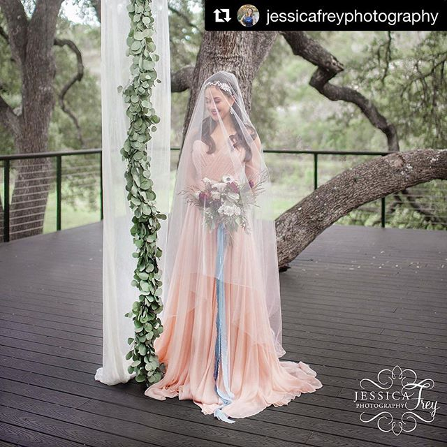 First official from our Camp Lucy wedding shoot. Location: @camplucyoncreek Photography: @jessicafreyphotography Wedding Planning / Design: @muchadoaustin Makeup and hair by me. 😘