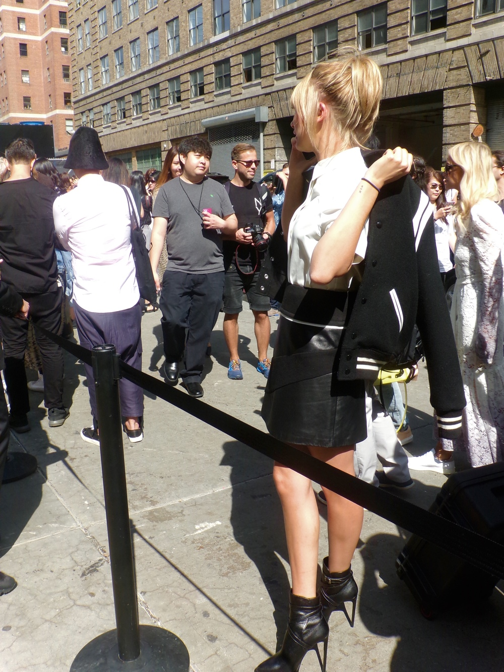 The Beautiful Hailey Baldwin in line for Public School. She is even more beautiful in person.