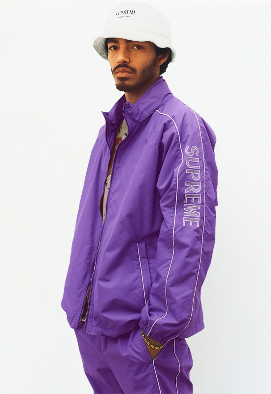 supreme-ss17-lookbook-obama-15-550x800.jpg